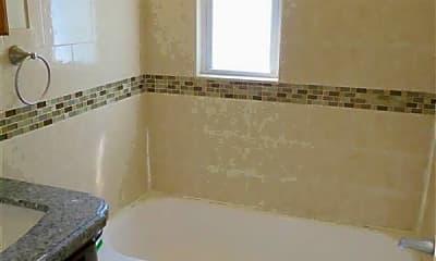 Bathroom, 28 Cutter Ave, 1