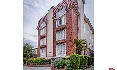 Building, 2204 S Bentley Ave 104, 0