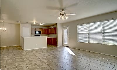 Living Room, 7421 Cowhand Ct, 1
