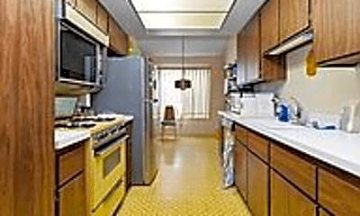 Kitchen, 2913 Wellesley Ct, 2