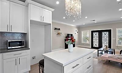 Kitchen, 13952 Bessemer St, 1