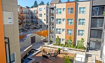 Courtyard, Ellington at Bellevue, 0