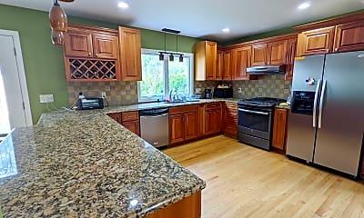 Kitchen, 232 Highwood Rd, 1