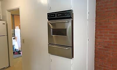 Kitchen, 1524 West Ave, 2