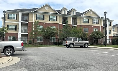 The Heritage at Arlington Apartment Homes, 2