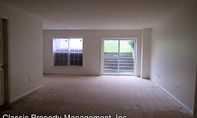 Living Room, 2599 Emerson Dr, 1