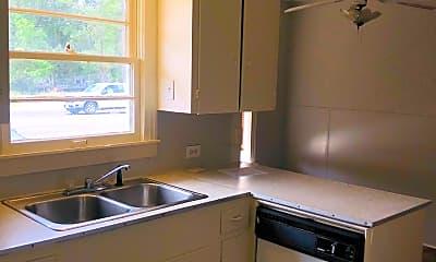 Kitchen, 1106 Arkansas Rd, 2