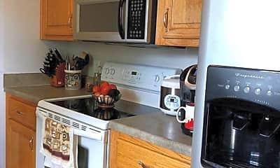 Kitchen, 141 Mason St, 1
