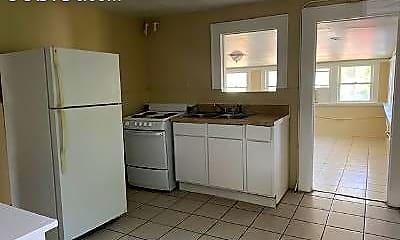 Kitchen, 4 N Peninsula Dr, 1
