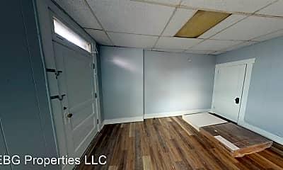 Bathroom, 2608 Brownsville Rd, 2