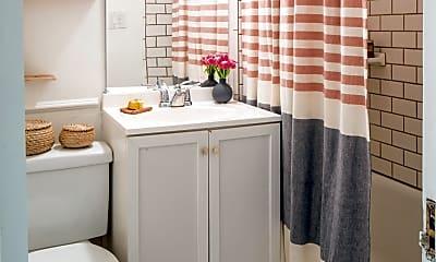 Bathroom, 478 Liberty St, 1