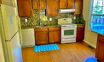 Kitchen, 9726 Main St, 2
