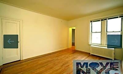 Living Room, 845 43rd St, 2