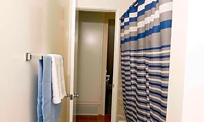 Bathroom, 10301 La Reina Ave, 2