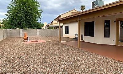 Building, 5078 W Pheasant St, 2