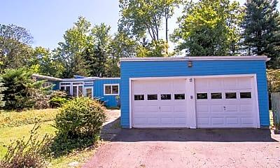 garage elm resize.jpg, 16 Pinecrest, 1