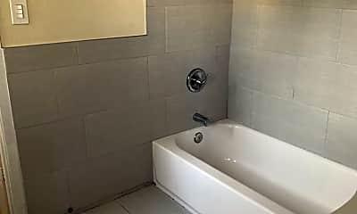 Bathroom, 1171 Huntington Dr, 2