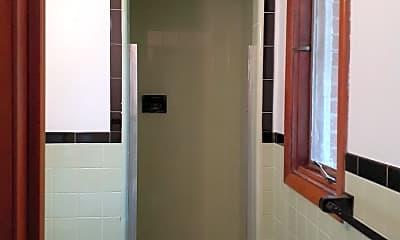 Bathroom, 17506 Nottingham Rd Unit 10, 2