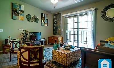 Dining Room, 116 Liberty Pkwy, 2