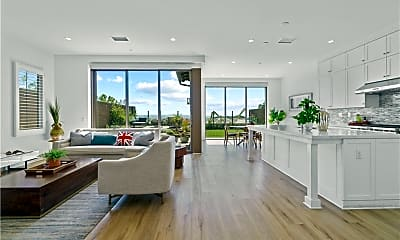 Living Room, 162 Bellini, 1