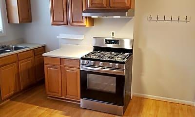Kitchen, 474 Stewart Ave, 2