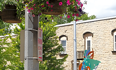Community Signage, 1 N Main St, 0