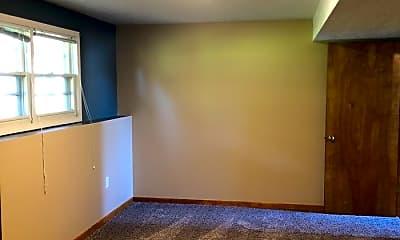 Living Room, 511 E 7th St, 2