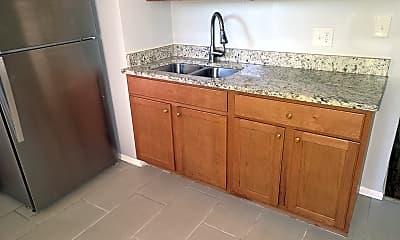 Kitchen, 7954 S Laflin St, 1