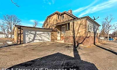 Building, 4645 Newland St, 1