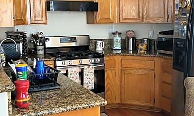 Kitchen, 2943 S Alder Creek Dr, 2