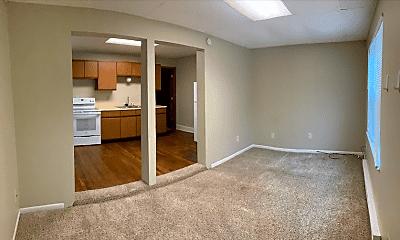 Living Room, 1110 College St N, 1