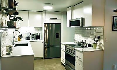 Kitchen, 514 NE 85th St, 1