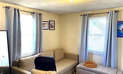 Living Room, 104 Chestnut St, 1