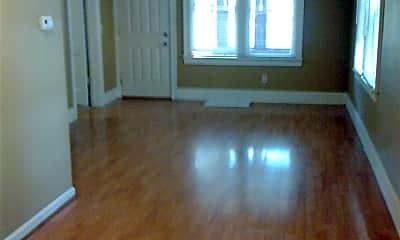 Living Room, 415 Eldred St, 1