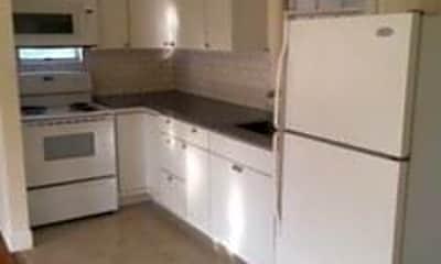 Kitchen, 105 Huse St, 1