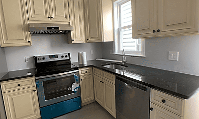 Kitchen, 2 Bancroft St, 1