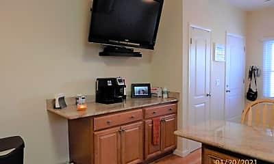 Kitchen, 613 Brinley Ave AUG, 2