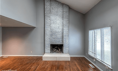 Living Room, 14419 Craig Ave, 1
