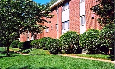 Building, Hamilton Park Apartments, 0