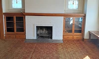 Living Room, 2902 N 40th St, 1