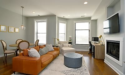 Living Room, 806 North Blvd 201, 1
