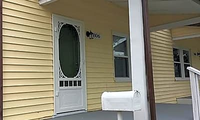 Patio / Deck, 806 Bryan St, 1