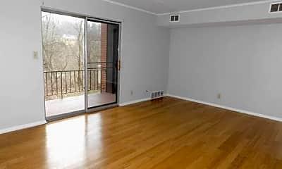 Living Room, 5140 E Willock Rd, 1
