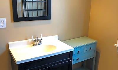 Bathroom, 1520 Fernleaf St, 1