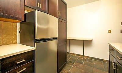 Kitchen, 254 Clendenny Ave, 2
