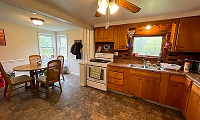 Kitchen, 1002 Gringo Rd, 1