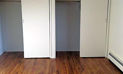 Bedroom, Lodi Court Apartments, 2