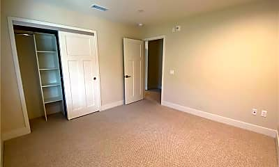 Bedroom, 549 N Wilson Ave 7, 2