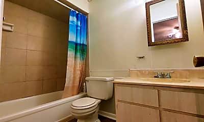 Bathroom, 8 Terrace Pl, 2