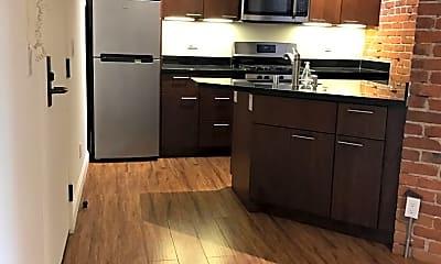 Kitchen, 920 Montgomery St, 1